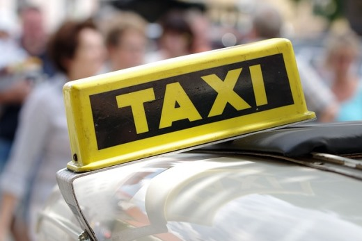 airport taxi booking guide bucharest