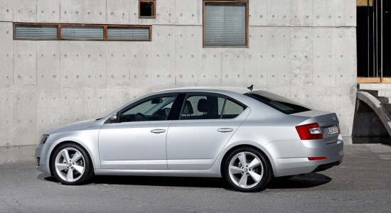 bucharest airport to bucharest city taxi transfer skoda octavia